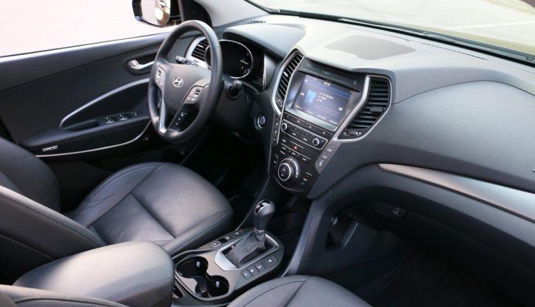 Hyundai Grand SantaFe 035