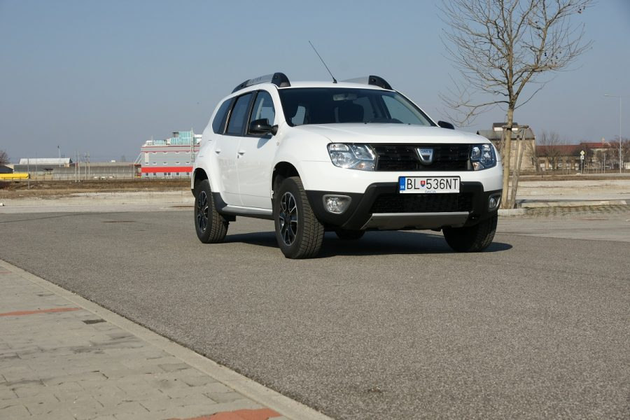 test dacia duster 1 6 sce 4 4 gal ria. Black Bedroom Furniture Sets. Home Design Ideas