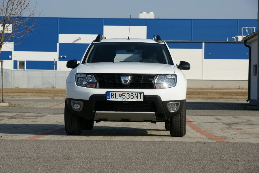 test dacia duster 1 6 sce 4 4 gal ria novinky testy recenzie. Black Bedroom Furniture Sets. Home Design Ideas