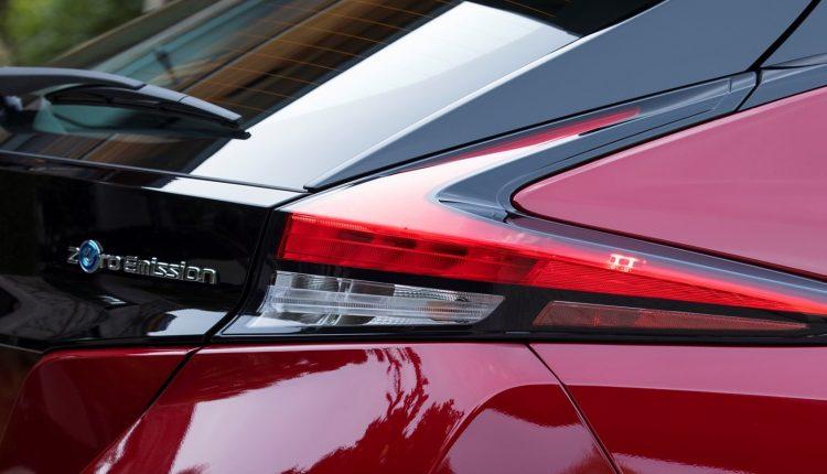Nissan_Leaf_06