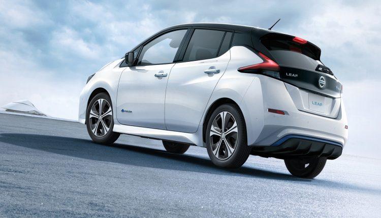 Nissan_Leaf_17