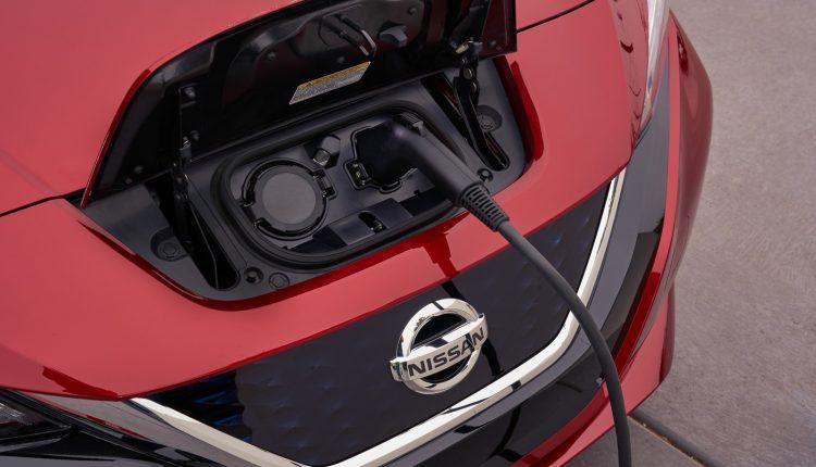 Nissan_Leaf_42