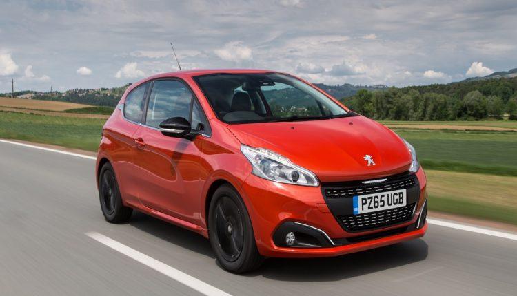 Peugeot-208_04