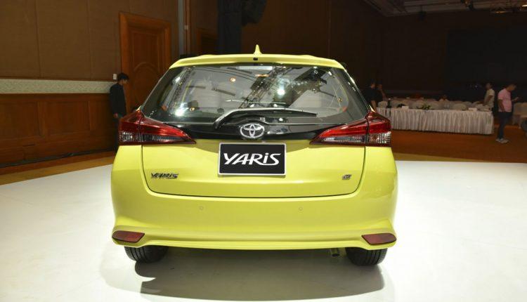 Toyota-Yaris_26