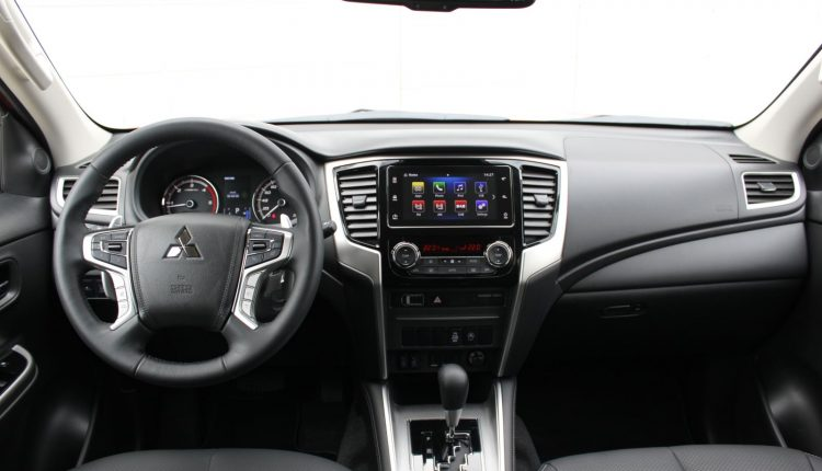 2019 Mitsubishi L200 AM 050