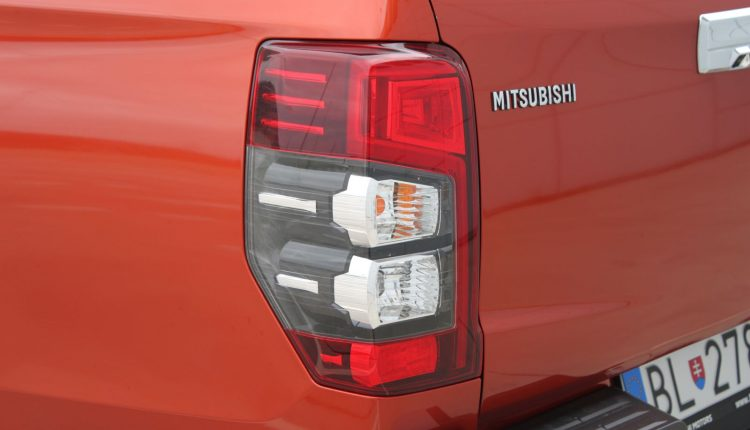 2019 Mitsubishi L200 AM 052