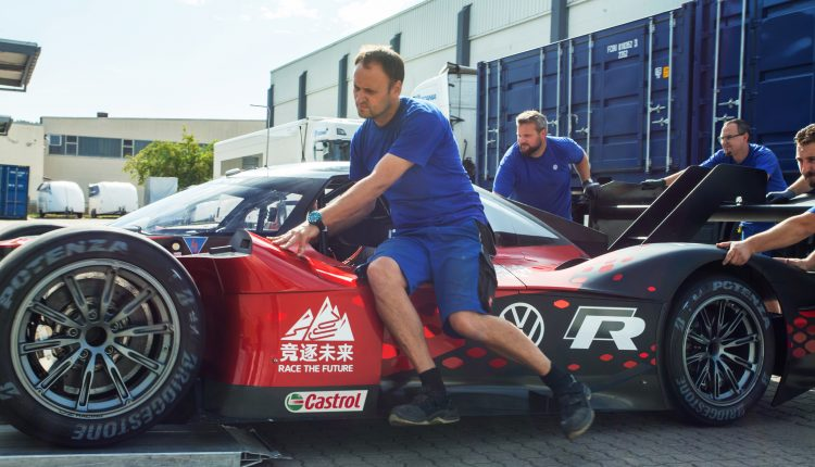 Volkswagen ID.R – China shipping