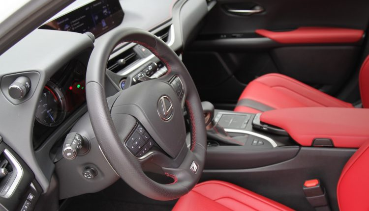 LEXUS UX 250h AWD F Sport Top 0011