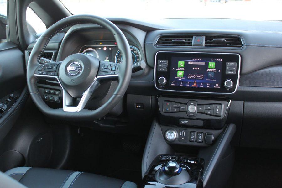2020 Nissan LEAF e+ Tekna AM122