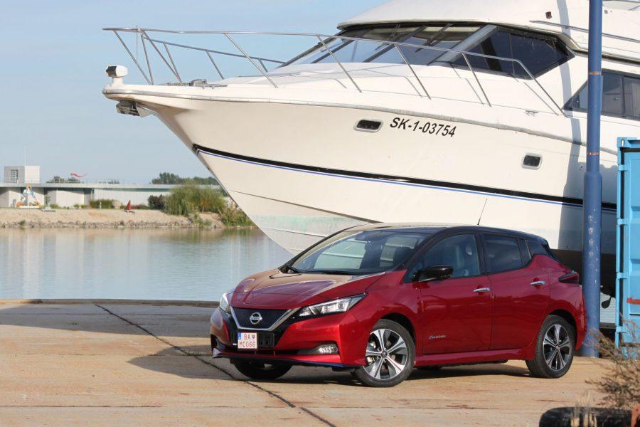 2020 Nissan LEAF e+ Tekna AM22