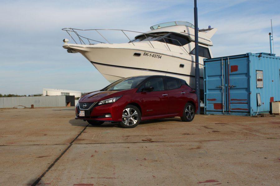 2020 Nissan LEAF e+ Tekna AM27
