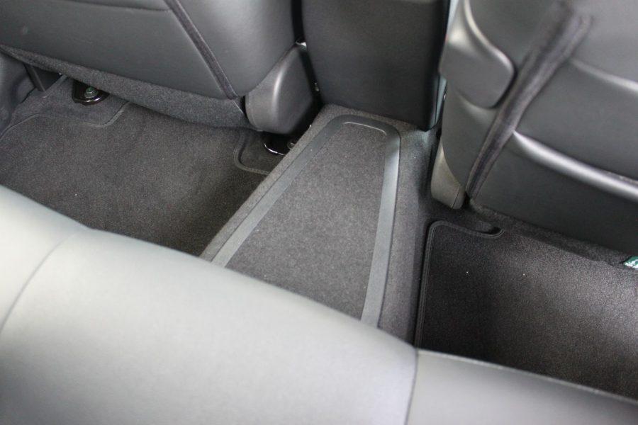 2020 Nissan LEAF e+ Tekna AM67