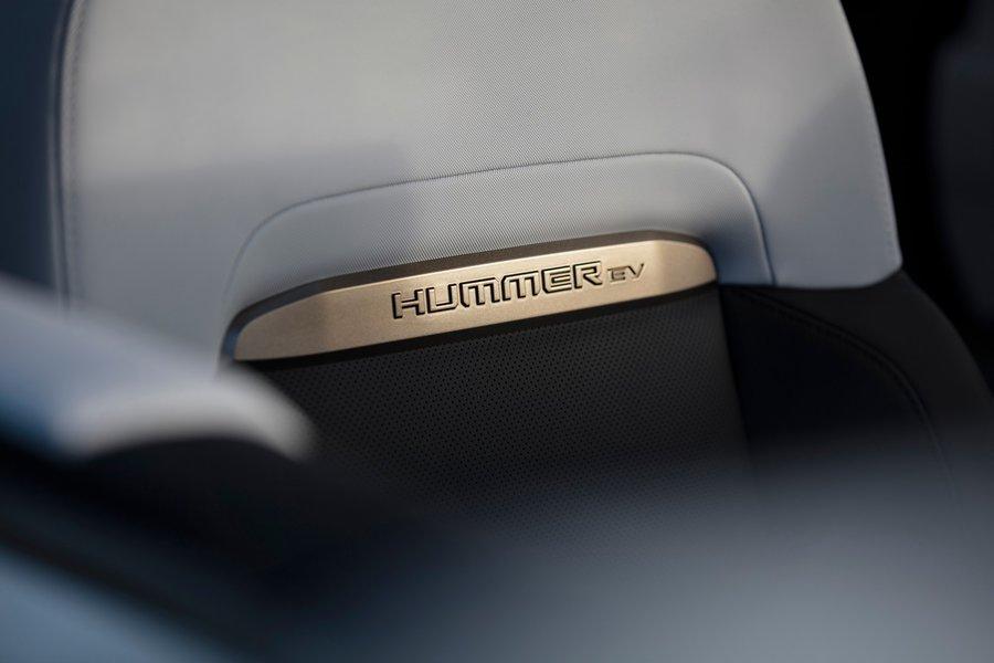 2020 gmc hummer ev AM04