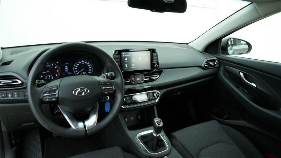 2020_Hyundai_i30_AM_15
