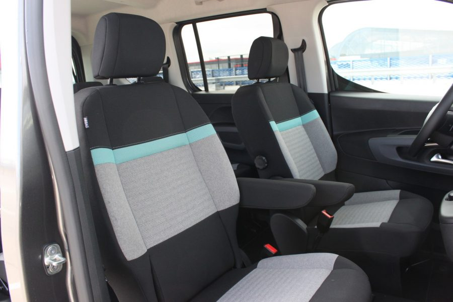 CITROEN Berlingo M 1,5 blue HDi 130 EAT8 Shine 0025