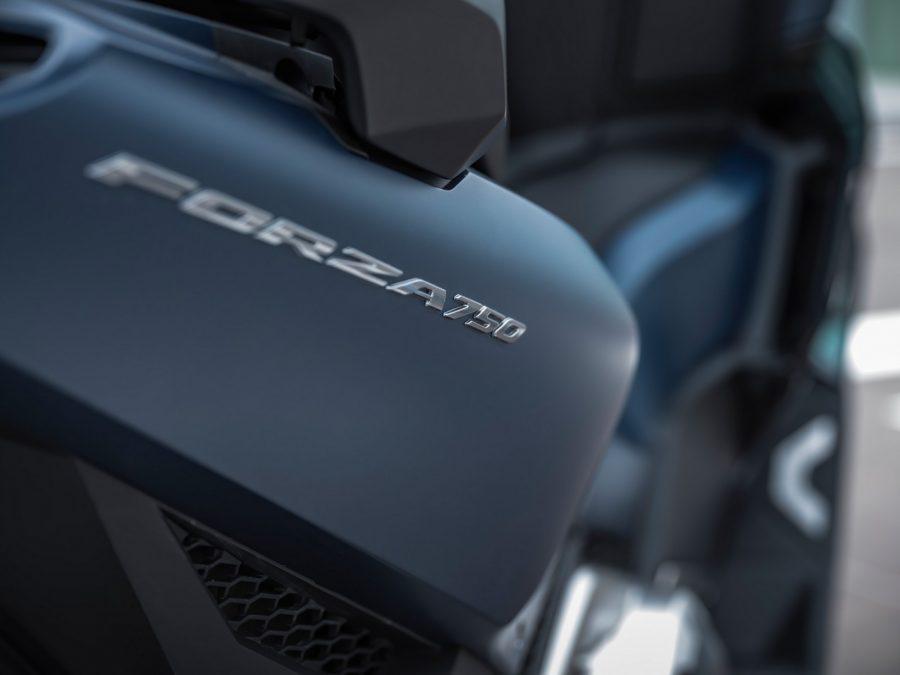 Honda Forza 750 0021
