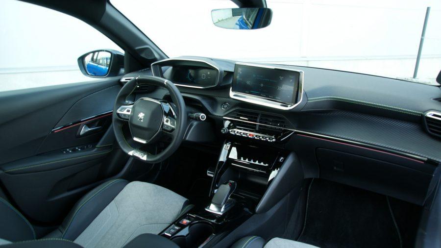2020 Peugeot e-208 GT AM 012