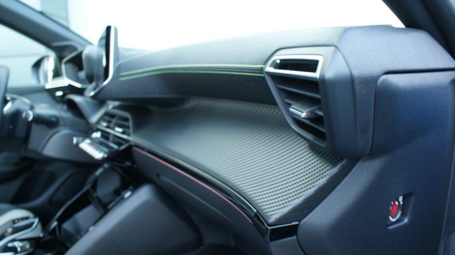 2020 Peugeot e-208 GT AM 015