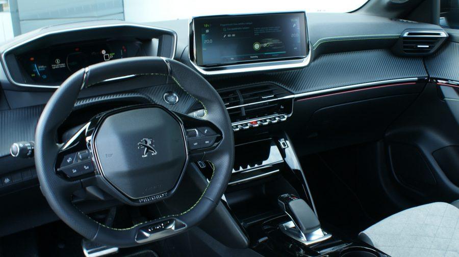 2020 Peugeot e-208 GT AM 03