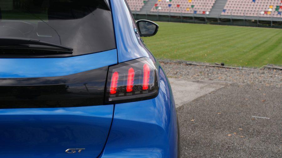 2020 Peugeot e-208 GT AM 037