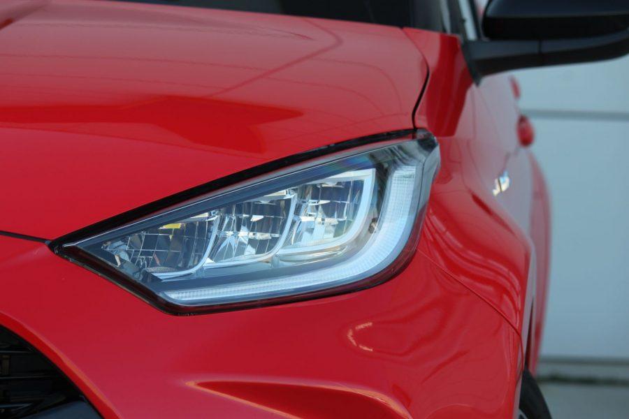 2020 Toyota Yaris 1,5 Hybrid Dynamic Force, 116 k, e-CVT, Premiere Edition AM0100