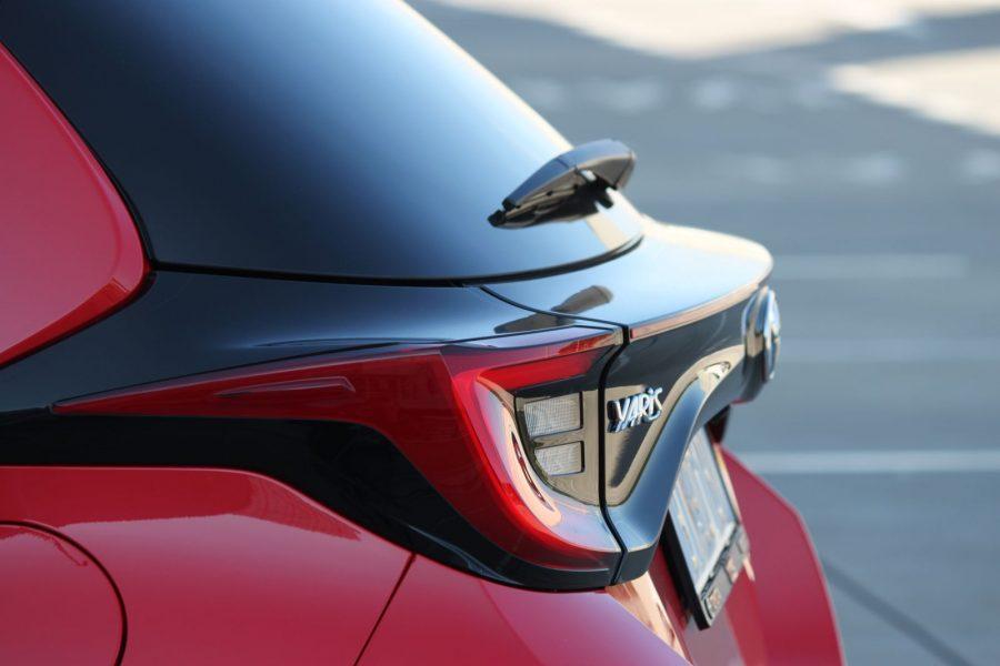 2020 Toyota Yaris 1,5 Hybrid Dynamic Force, 116 k, e-CVT, Premiere Edition AM0102