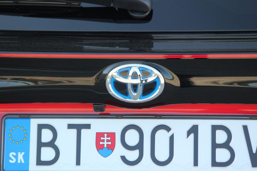 2020 Toyota Yaris 1,5 Hybrid Dynamic Force, 116 k, e-CVT, Premiere Edition AM0115