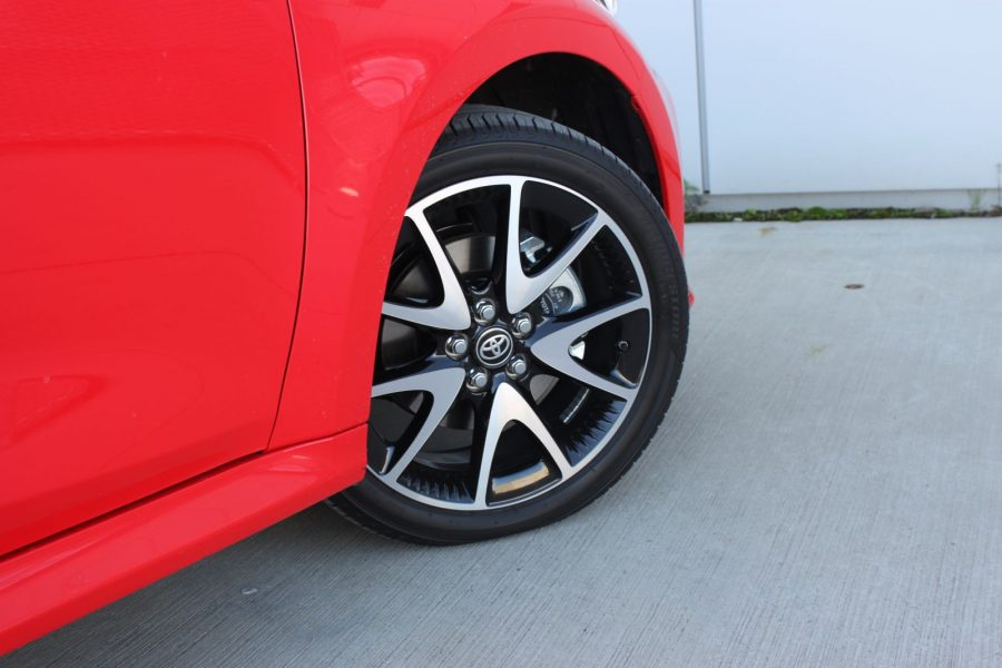 2020 Toyota Yaris 1,5 Hybrid Dynamic Force, 116 k, e-CVT, Premiere Edition AM0125