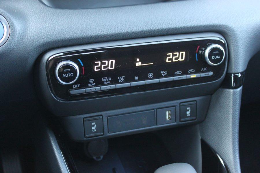 2020 Toyota Yaris 1,5 Hybrid Dynamic Force, 116 k, e-CVT, Premiere Edition AM0163