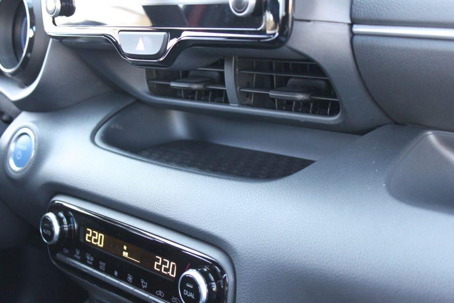 2020 Toyota Yaris 1,5 Hybrid Dynamic Force, 116 k, e-CVT, Premiere Edition AM0180