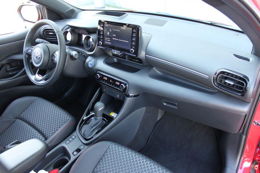 2020 Toyota Yaris 1,5 Hybrid Dynamic Force, 116 k, e-CVT, Premiere Edition AM0183
