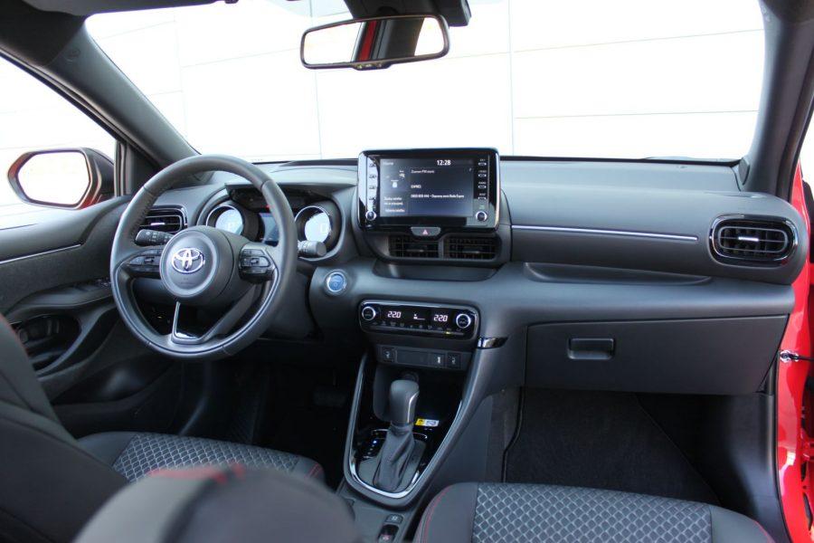 2020 Toyota Yaris 1,5 Hybrid Dynamic Force, 116 k, e-CVT, Premiere Edition AM0187