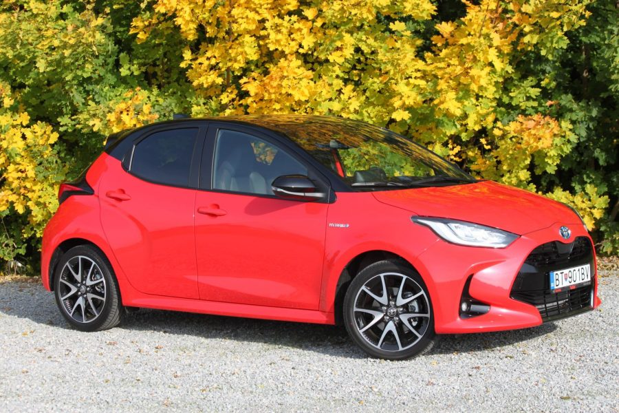 2020 Toyota Yaris 1,5 Hybrid Dynamic Force, 116 k, e-CVT, Premiere Edition AM023