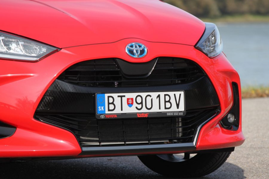 2020 Toyota Yaris 1,5 Hybrid Dynamic Force, 116 k, e-CVT, Premiere Edition AM028