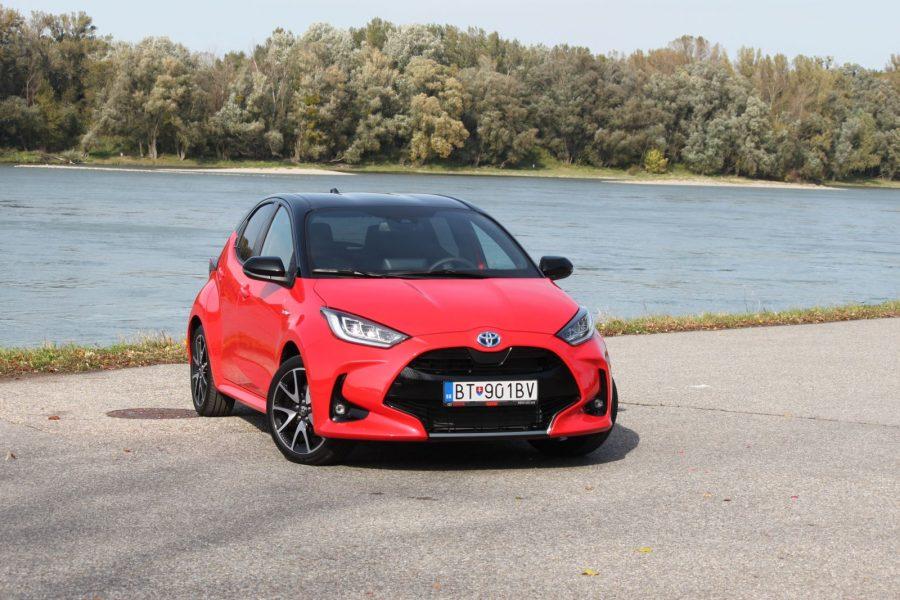 2020 Toyota Yaris 1,5 Hybrid Dynamic Force, 116 k, e-CVT, Premiere Edition AM034