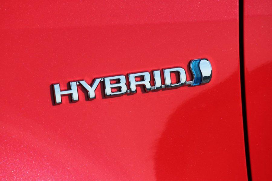 2020 Toyota Yaris 1,5 Hybrid Dynamic Force, 116 k, e-CVT, Premiere Edition AM040