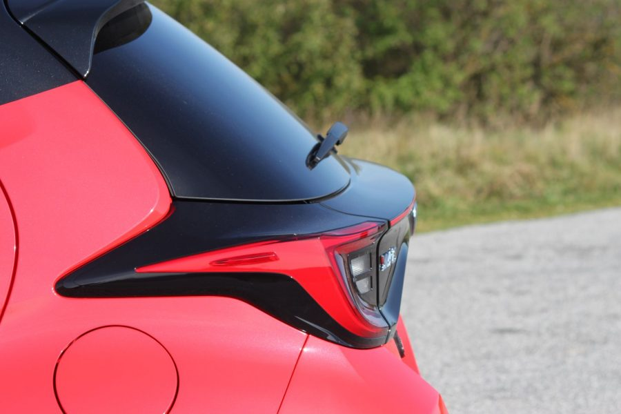 2020 Toyota Yaris 1,5 Hybrid Dynamic Force, 116 k, e-CVT, Premiere Edition AM041