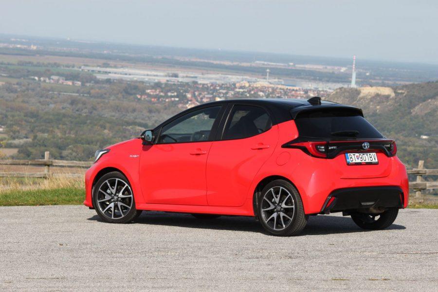 2020 Toyota Yaris 1,5 Hybrid Dynamic Force, 116 k, e-CVT, Premiere Edition AM045